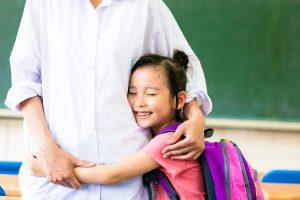 13-your-childs-teacher-stundet-hug